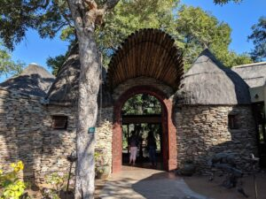 Entrance to Tintswalo Safari Lodge in Manyeleti, Kruger area.